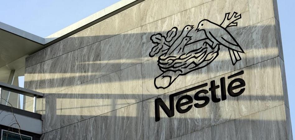 Nestlé prevé eliminar 500 empleos en Suiza y trasladarlos a sus 'hubs' tecnológicos del sur de Europa