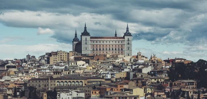 Telefónica le arrebata a Orange el contrato de escuelas conectadas de Castilla-La Mancha por 32,28 millones