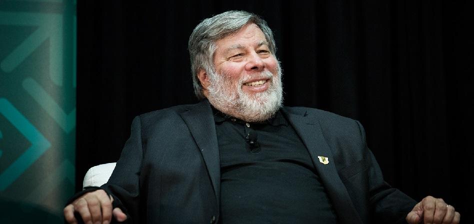 Wozniak y otros veinte pioneros de Internet hacen un último llamamiento para detener la supresión de la neutralidad de la Red
