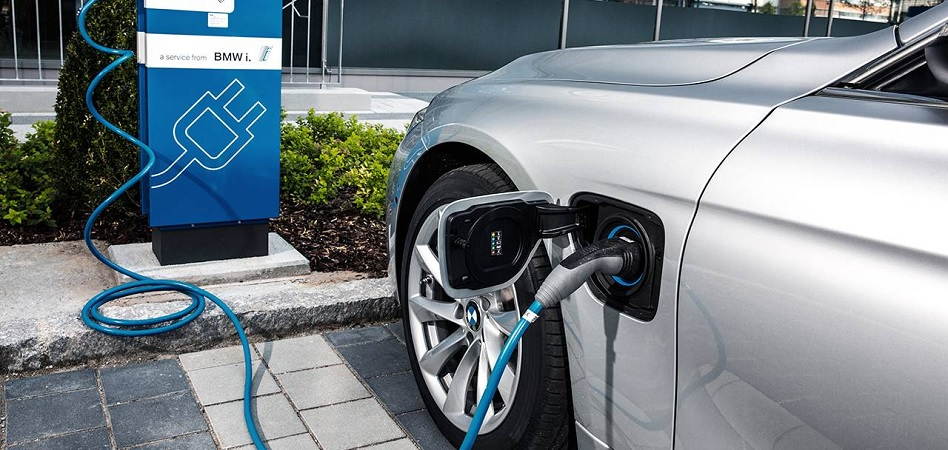 BMW y Daimler forman una 'joint venture' para combinar sus servicios de movilidad urbana