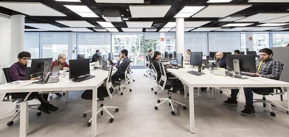 La consultora Everis sube su apuesta por el I+D con un nuevo centro en Barcelona