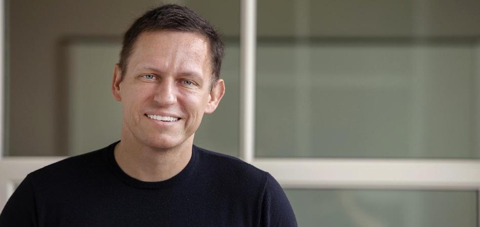 Peter Thiel, uno de los primeros inversores de Facebook, vende el 73% de su participación