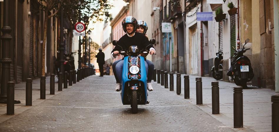 Cabify, a dos ruedas: controla el 100% del nuevo servicio de motos compartidas Movo
