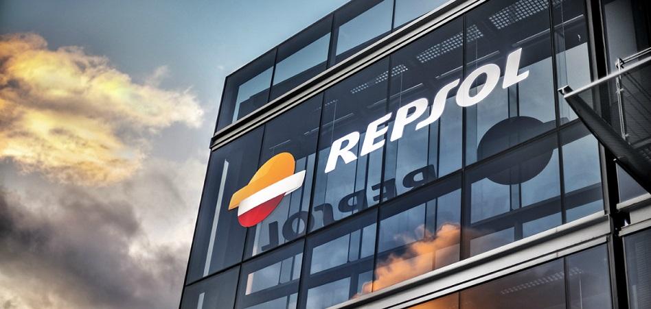Repsol une fuerzas con Google: refinerías más eficientes y margen de 20 millones de dólares al año en Tarragona
