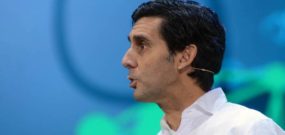 El presidente de Telefónica liga la crisis de las telecomunicaciones a la caída del grupo en bolsa