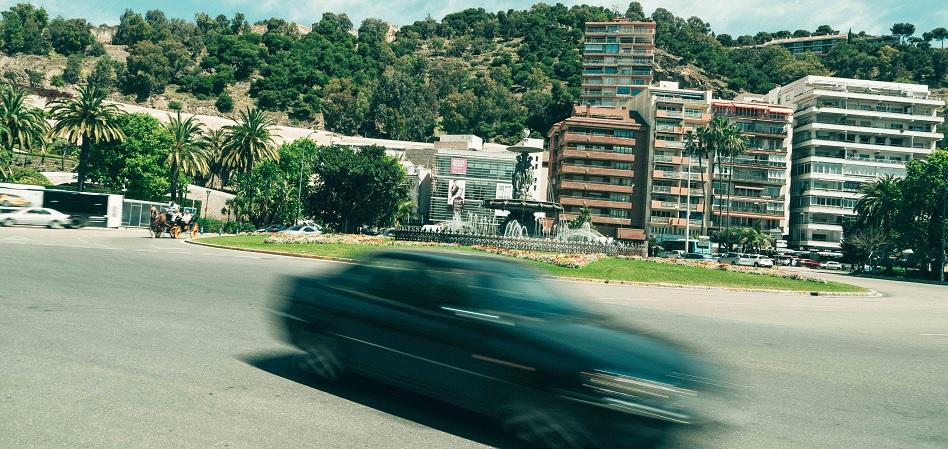 Uber inicia operaciones en la Costa del Sol y lanza un servicio complementario con el AVE