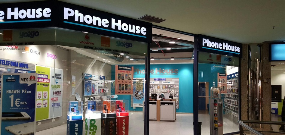 Global Dominion desembolsa 55 millones por la cadena de tiendas de The Phone House en España