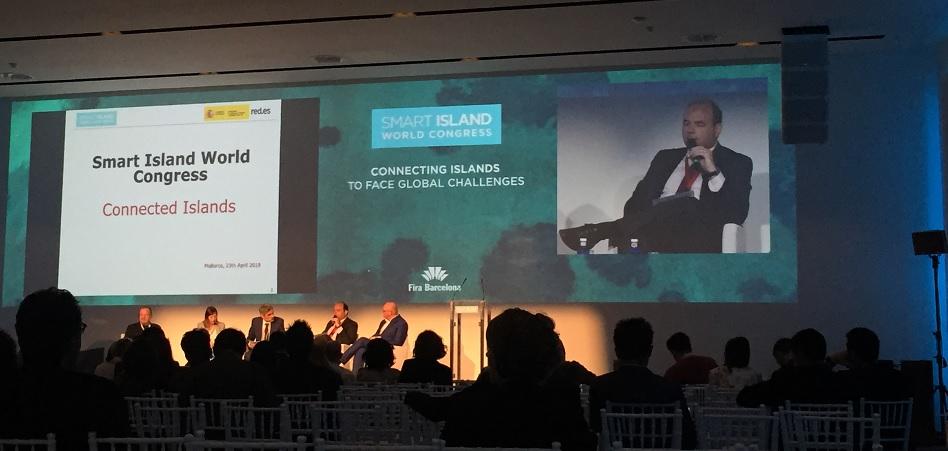"""Francisco Javier García (Red.es): """"La conectividad es clave en el concepto 'smart', combate cualquier tipo de brecha digital"""""""