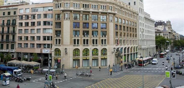 Huawei firma el alquiler con BMO para su local comercial en el centro de Barcelona