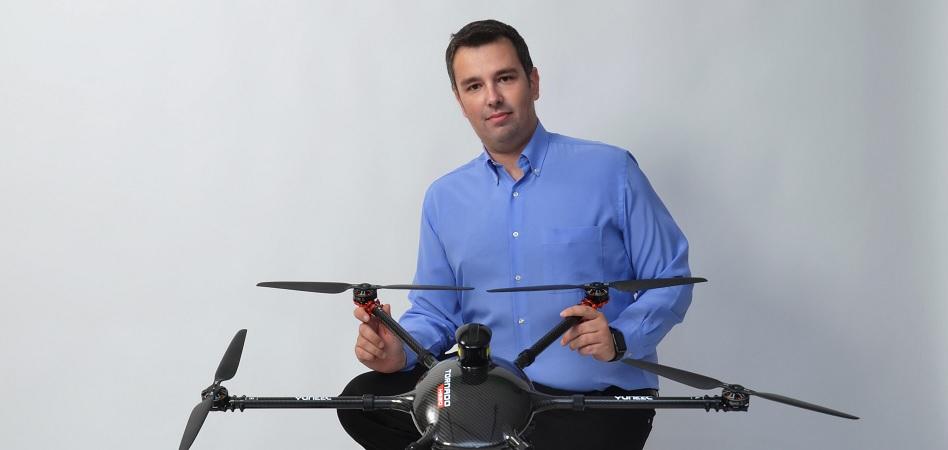"""Salvador Bellver (Aedron): """"La normativa sobre drones está coja"""""""