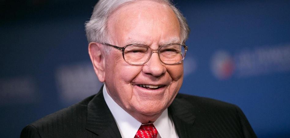 """Warren Buffet cree que la """"mística"""" impulsó el aumento de precio del bitcoin"""