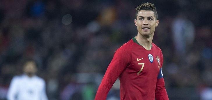 Facebook quiere 'fichar' a Cristiano Ronaldo