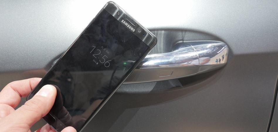Apple y Samsung sustituyen la llave del coche por el 'smartphone'