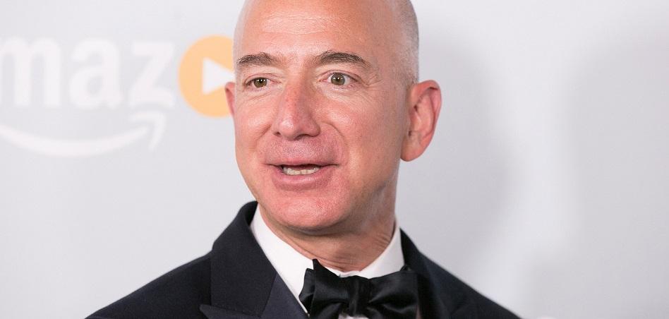 La fortuna de Jeff Bezos supera los 100.000 millones de dólares en plena celebración del Black Friday