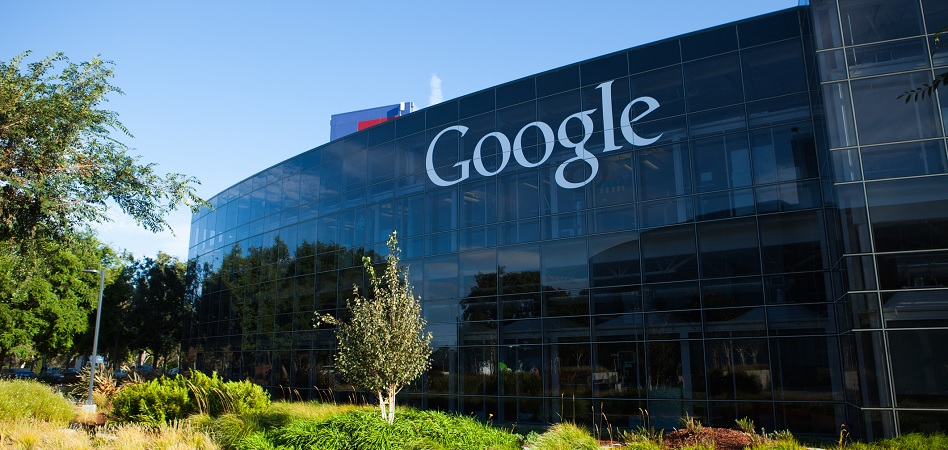 Hacienda contempla que las empresas se puedan deducir en el Impuesto de Sociedades la 'tasa Google'