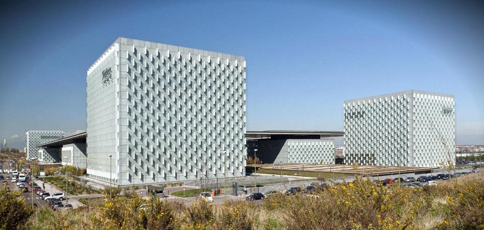 Telefónica recompra bonos híbridos por un importe de 1.776,6 millones de euros
