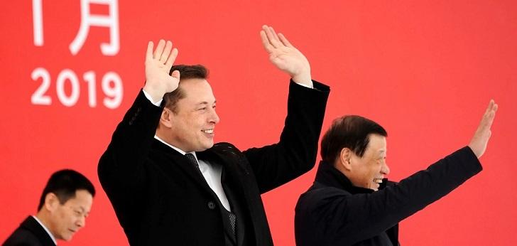 Elon Musk pone la primera piedra en China: Tesla comienza la construcción de su gran fábrica en el país