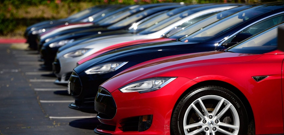 Tesla sube un 3% en el parqué tras cerrar el mejor trimestre de producción