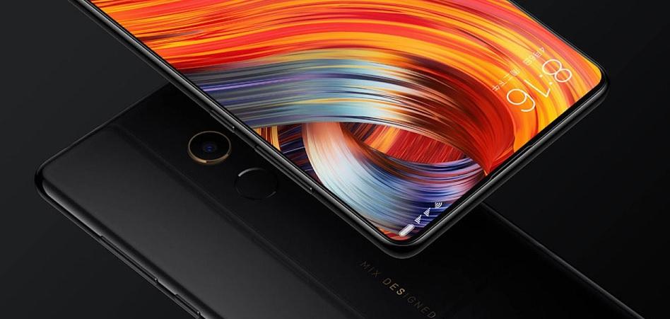 Xiaomi 'abraza' a las operadoras: se alía con Vodafone para vender el Mi Mix 2